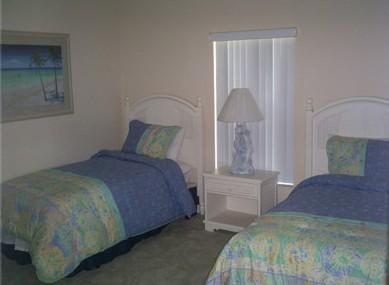 twin bedroom of luxury 4 bedroom villa in